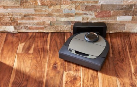 Neato Robotics D7 Connected Laser Guided Robot Vacuum Featuring Multiple Floor Plan Mapping and Zone Cleaning, Works with Amazon Alexa, SilverBlack